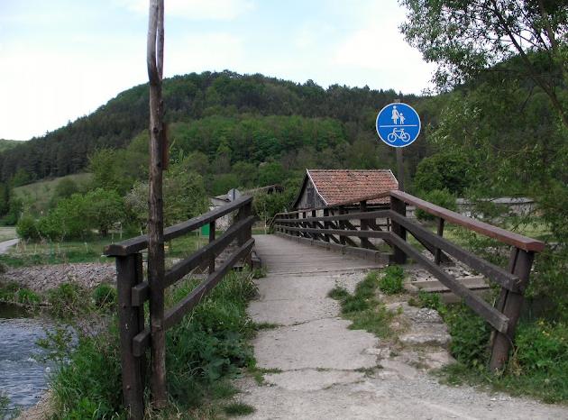 Weg von der Bundesstraße